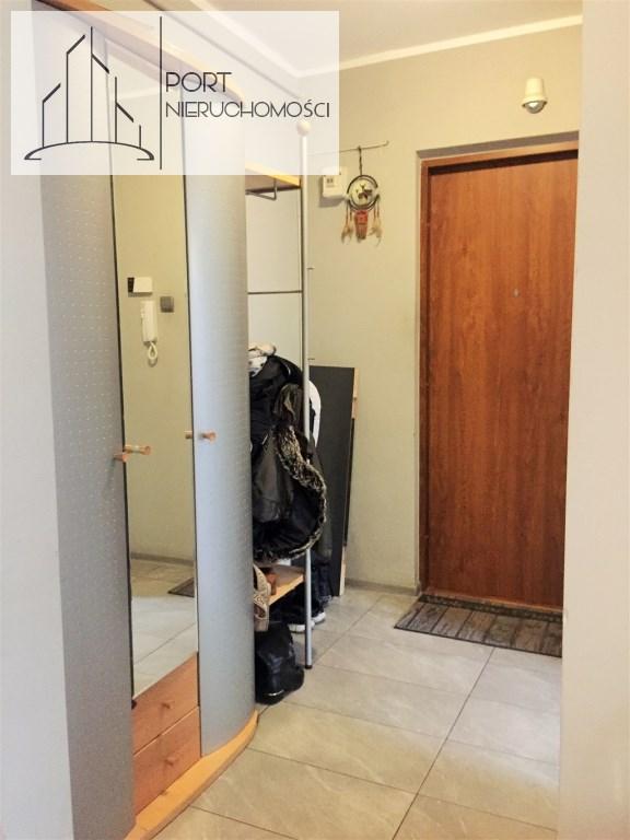 Mieszkanie na sprzedaż, 2 pokoje. Przedpokój.